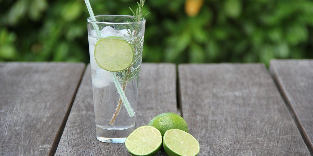 Drink genoeg water voor je huid